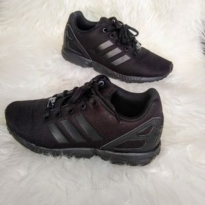 ⚫Adidas ZX Flux Sneakers